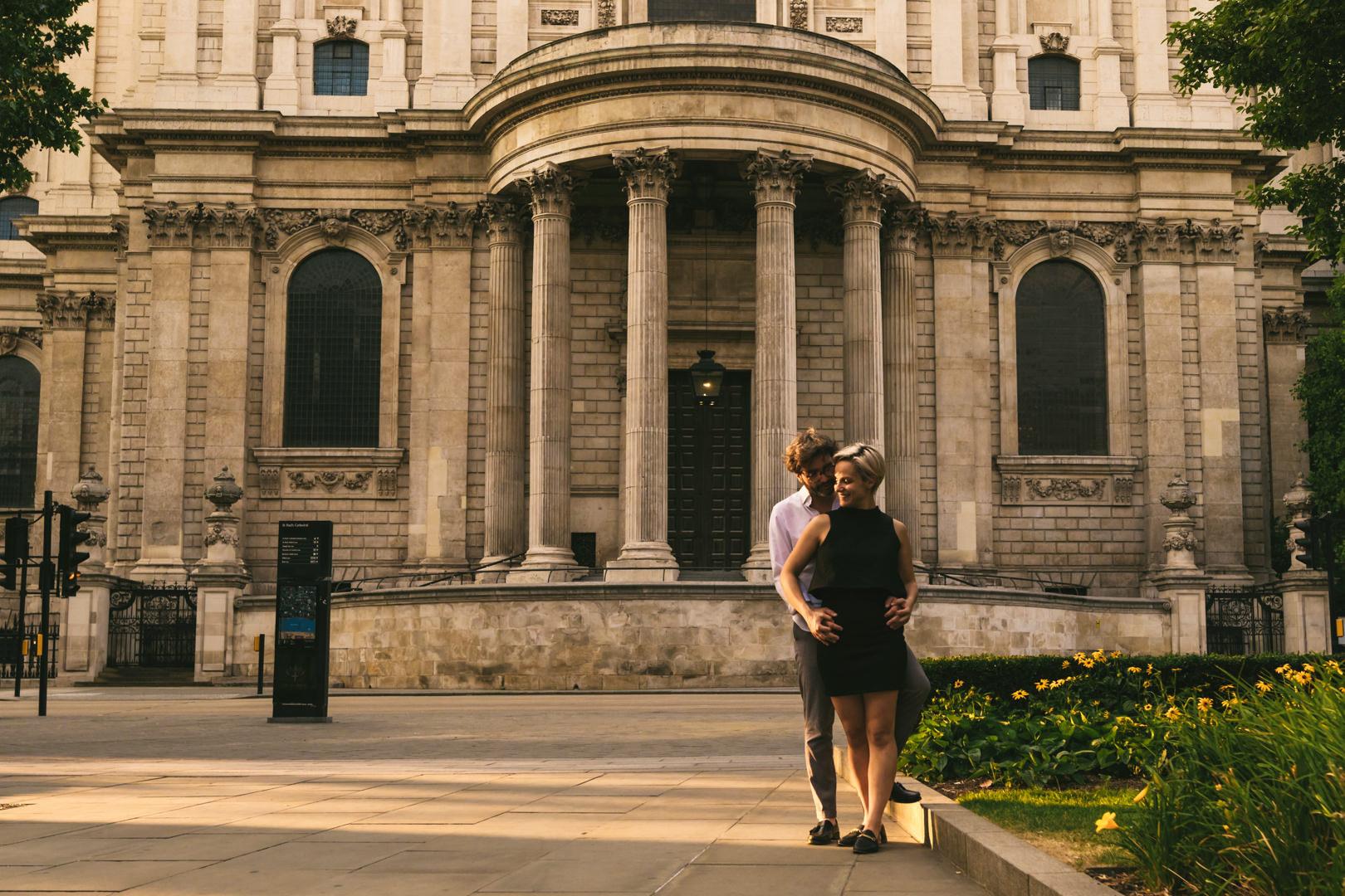 Saint Paul London engagement couple session love story
