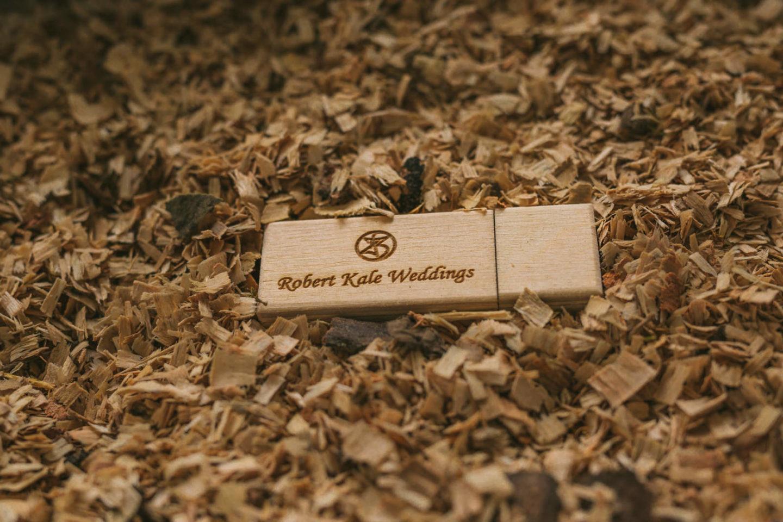 Robert Kale Weddings custom made usb package